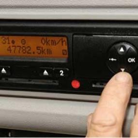 Digipiirturin määräaikaistarkastus Käyttöautossa