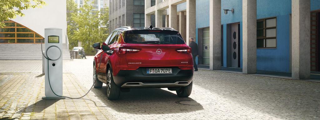 Uusi Opel lataushybridi, Grandland X PHEV