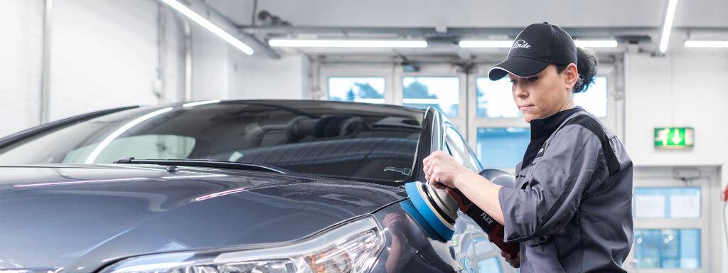 Biltvätt och översyn