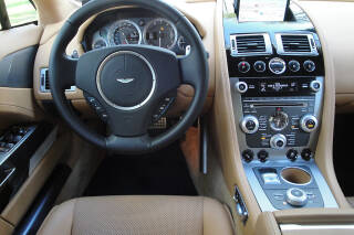 Aston Martin RAPIDE V12 TOUCHTRONIC ASM-476 4