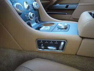 Aston Martin RAPIDE V12 TOUCHTRONIC ASM-476 17