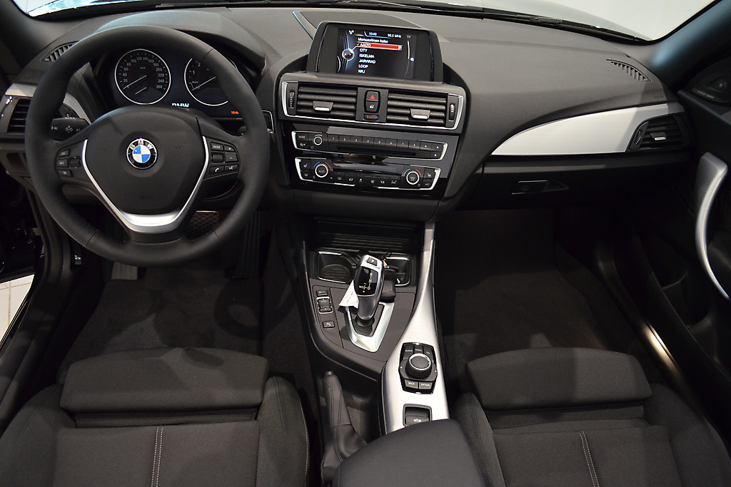 BMW 220 IA BUSINESS SPORT CABRIOLET 1L71 BUH-557 11