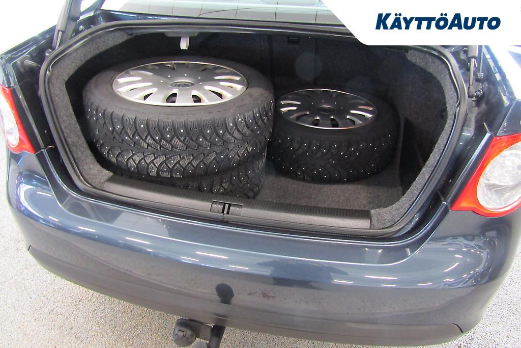 Volkswagen JETTA COMFORTLINE 1,4 103 KW TSI SMY-179 10